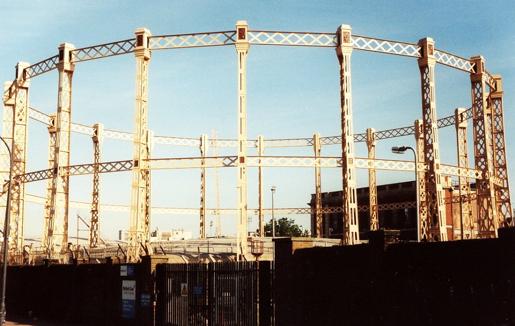London Fulham Walham Gasometer