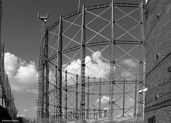 London Kennigton Gasholder