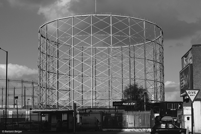 London Old Kent Road gasholder