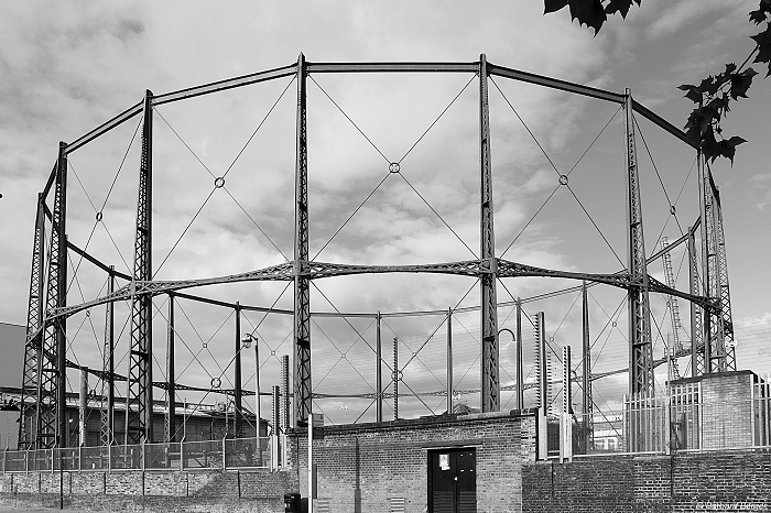 London Poplar gasholder